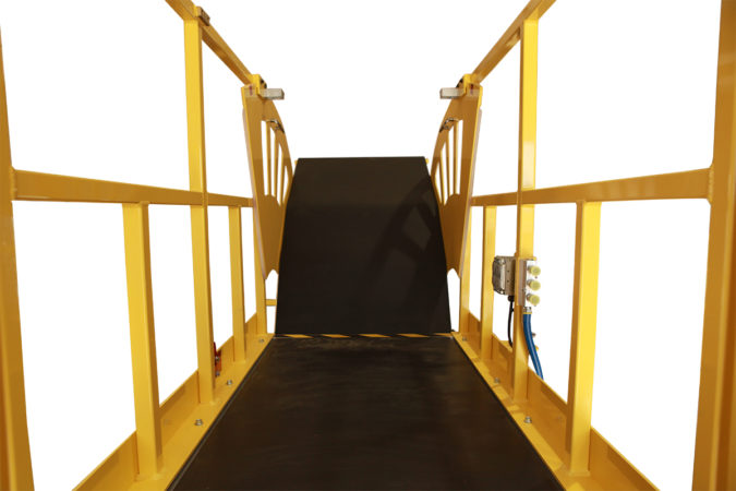 OSHA compliant, work platform includes ergonomic accessories and upgrades providing technicians support and 100% fall protection while working.
